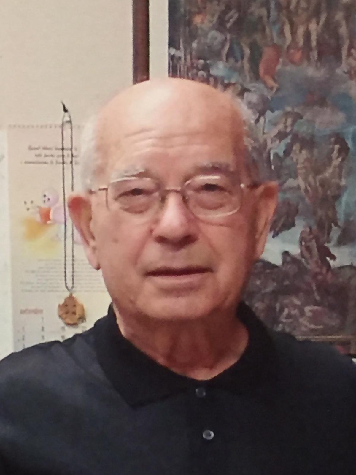 Don Ottorino Cacciatore è tornato alla Casa del Padre